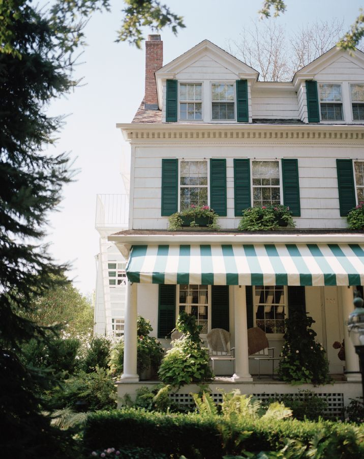 green stripe awning