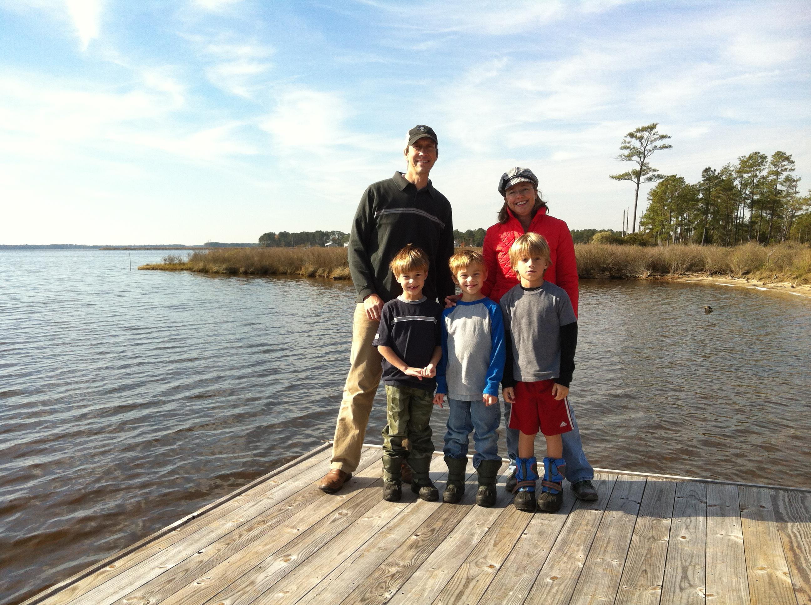 dock family-001